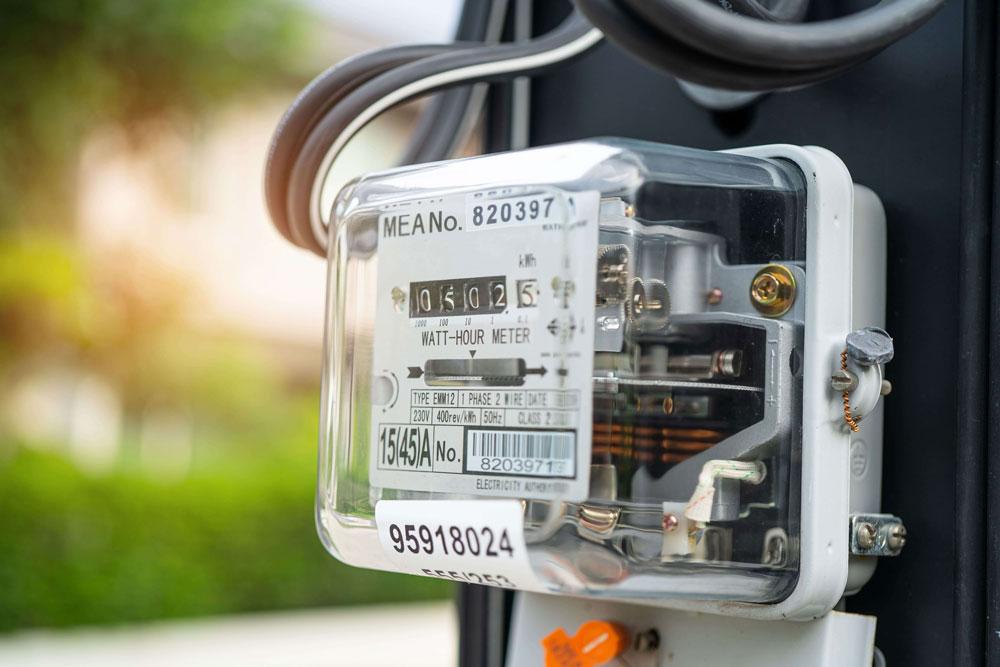 自宅の電気使用量は平均以上?意外と知らない電気代との関係